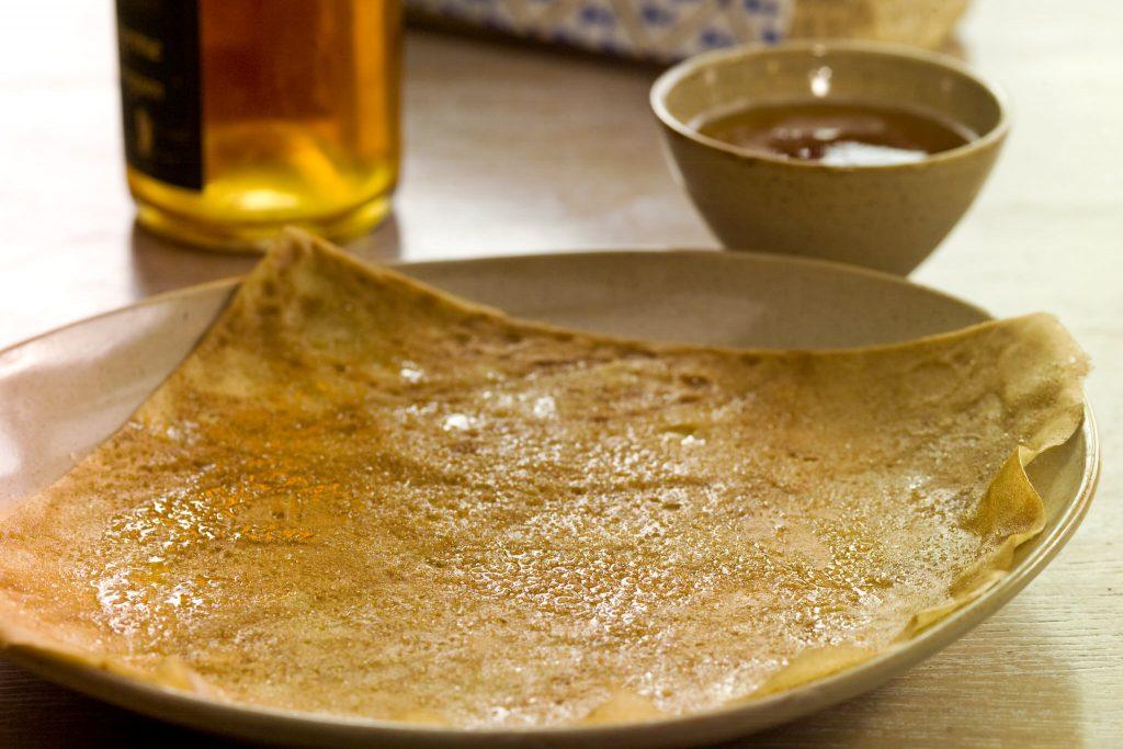 Crêpe beurrée et bolée de cidre