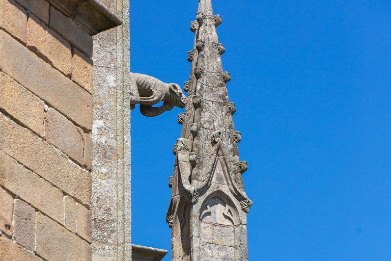 Détails de la Basilique Notre-Dame-Du-Paradis d'Hennebont