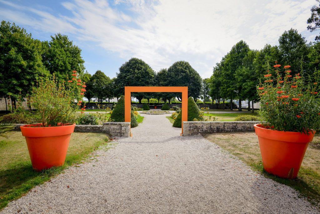 Les Jardins à la Française autour de l'Hôtel Gabriel dans l'Enclos du Port à Lorient.
