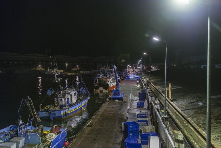 Port de pêche de Lorient, la nuit
