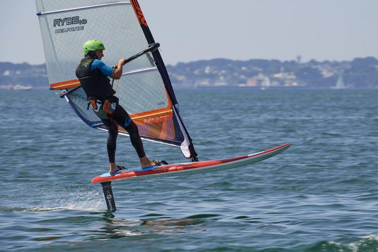 Windfoil avec Kerguelen Sports Océan