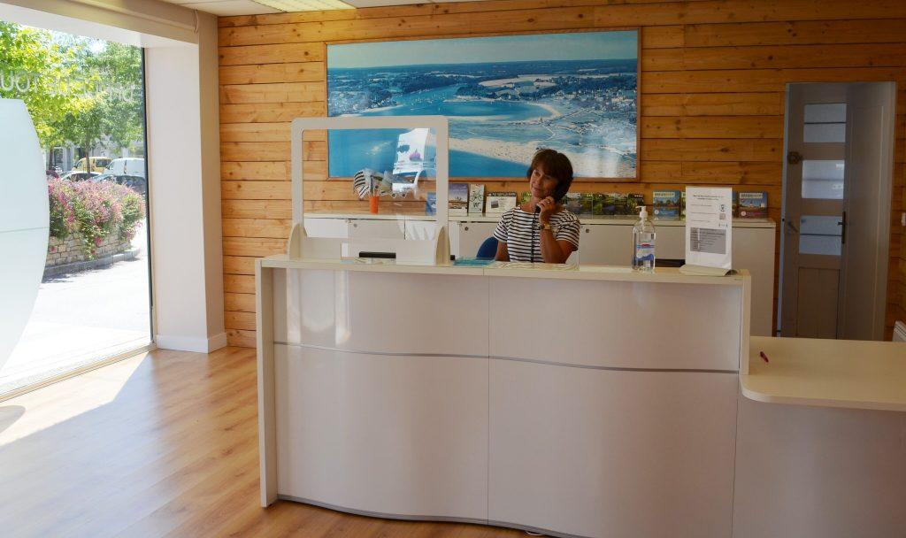 accueil Office de Tourisme au centre de Guidel