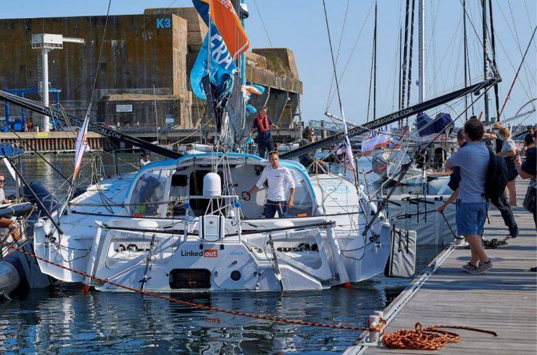 Lorient La Base, ambiance sur les pontons e avec Thomas Ruyant sur son Imoca Linkeout durant la course de l'Atlantique le Télégramme