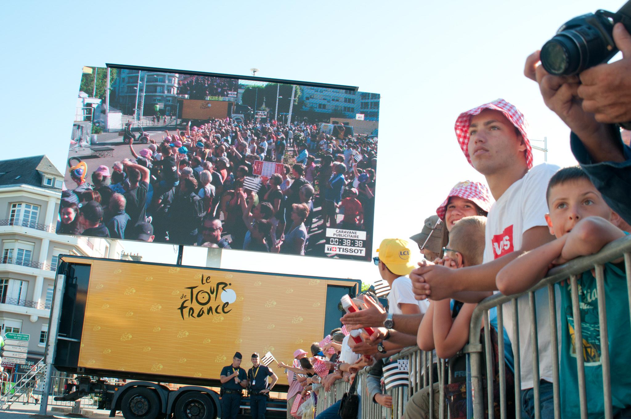 Public proche de l'écran -Tour de France 2018
