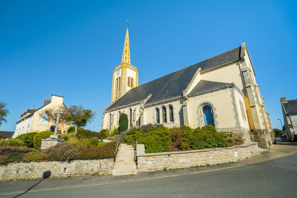 Gestel, l'église dans le Bourg