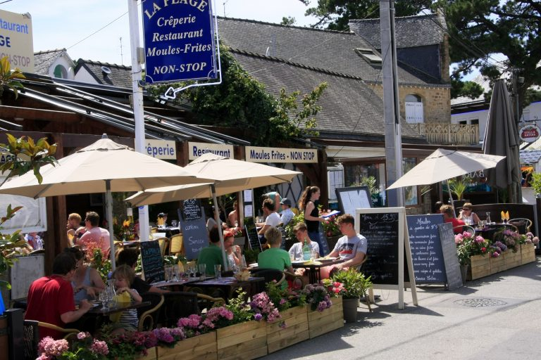 Carnac plage et ses restaurants