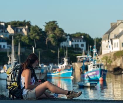 Pause au port de Doëlan, à Clohars-Carnoët.