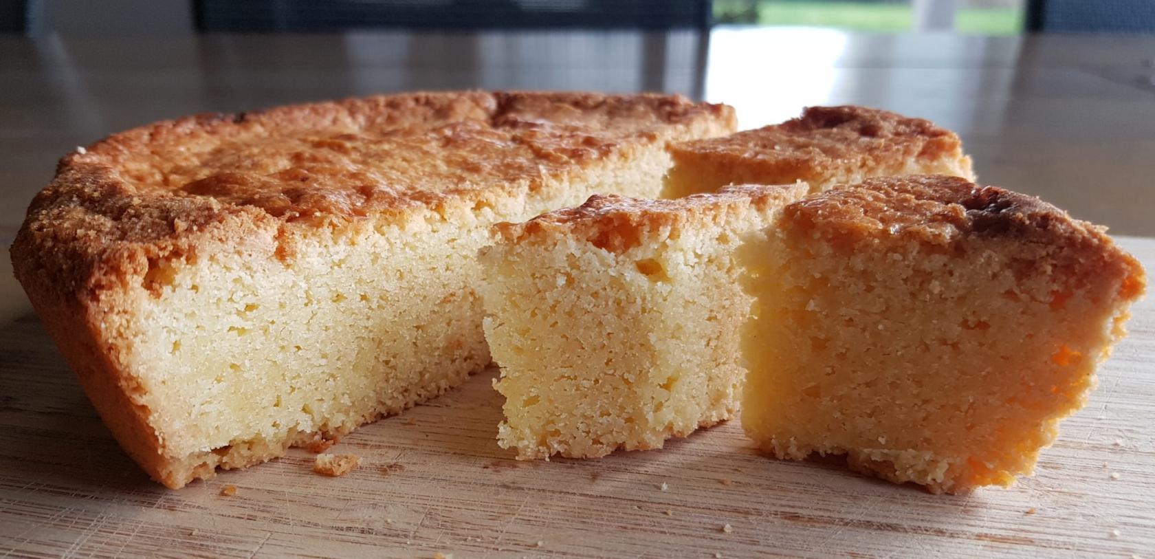 ©Catherine LE BAIL. Gâteau Breton en morceau.