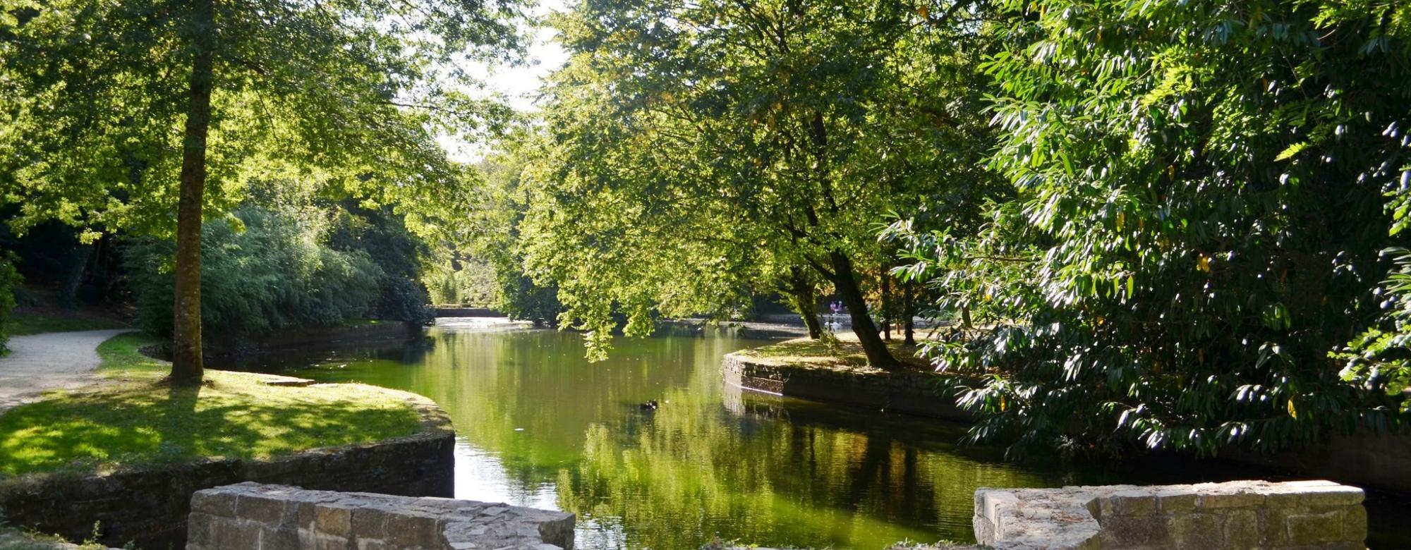 Hennebont, l'étang du Parc de Kerbihan