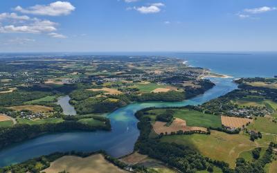 Vue aerienne riviere de la Laita