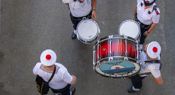 Le Bagad de Lann-Bihoué au Festival interceltique de Lorient.