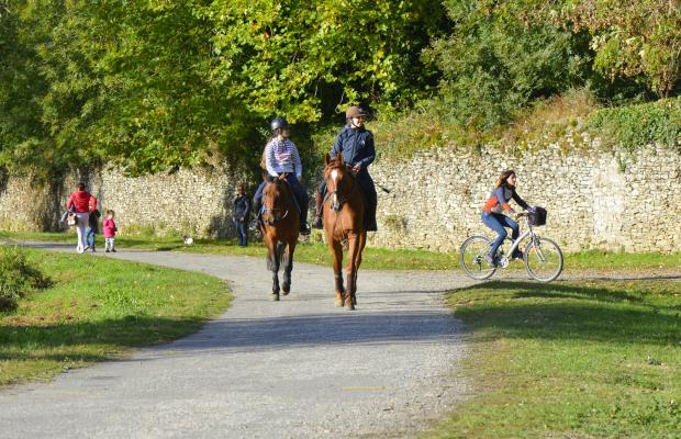 Lorient Bretagne Sud, balade à cheval ou à vélo sur le chemin de halage de la rivière du Blavet