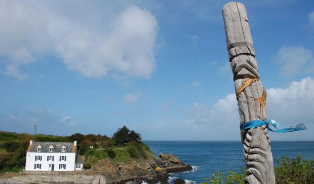 Totem à Port-Lay sur l'île de Groix