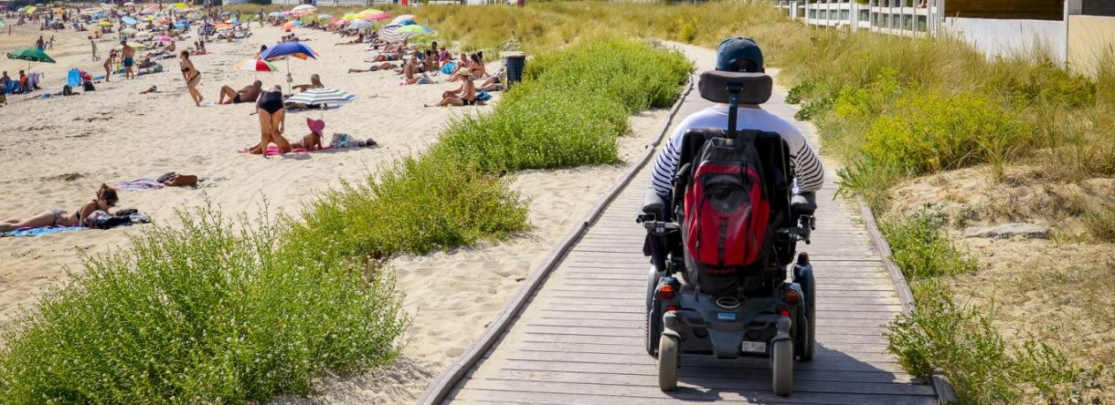 Chemin d'accès de la plage de l'anse du Stole