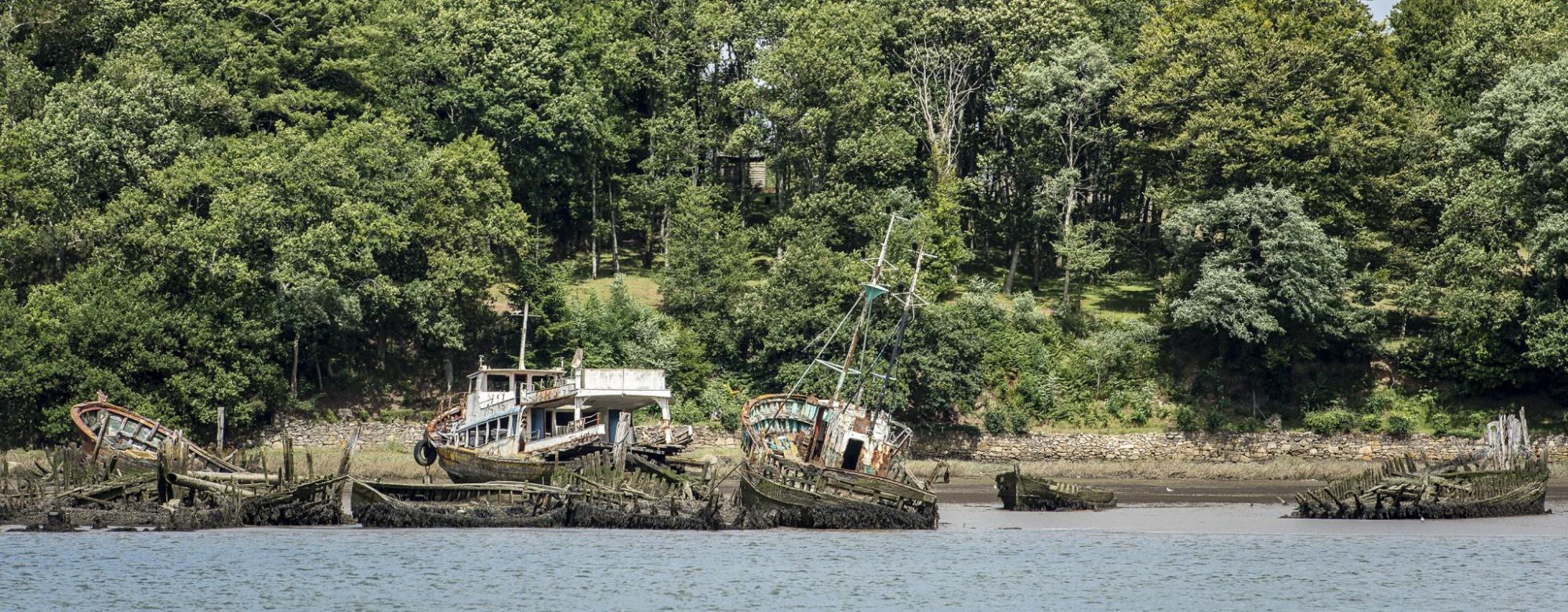 Lanester, cimetière de bateaux