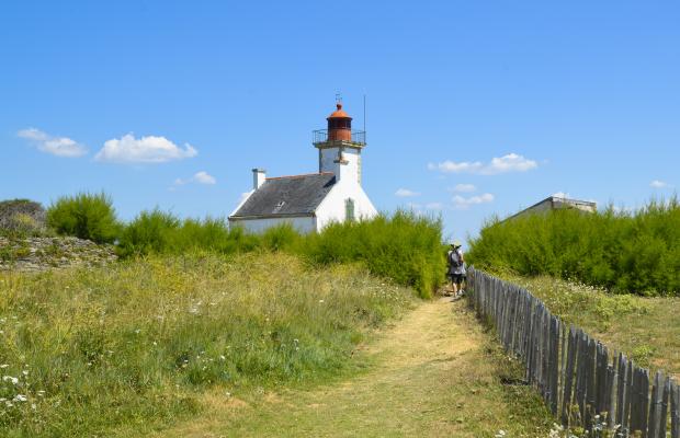 Sentier de randonnée vers le phare de la Pointe des Chats - Ile de Groix.