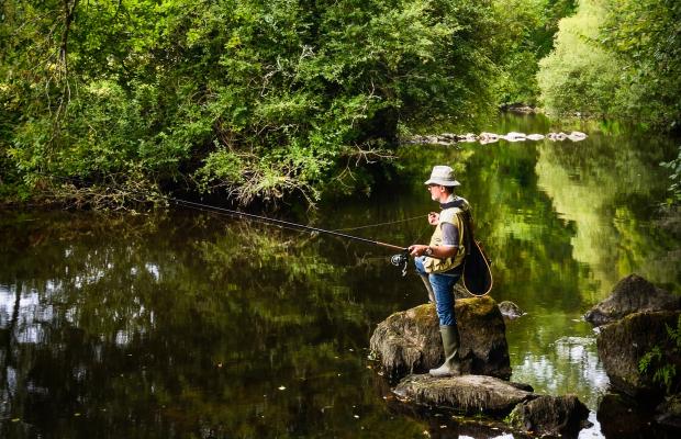 -Le Scorff-pêcheur à Pont Calleck