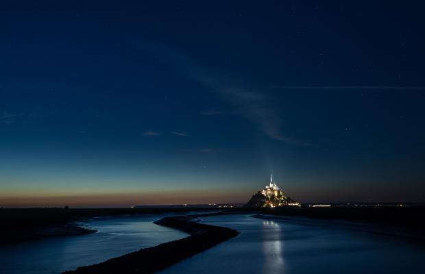Le Mont St-Michel, vue la nuit sur le Mont Saint-Michel