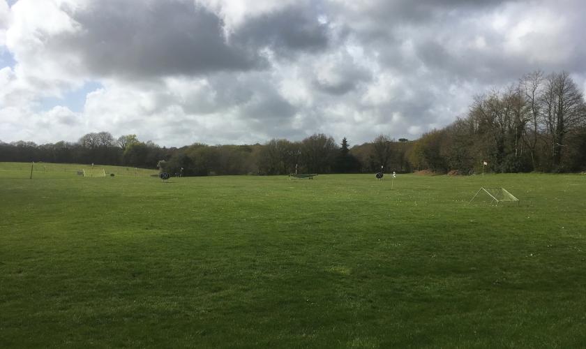 Quéven, golf sous ciel pluvieux