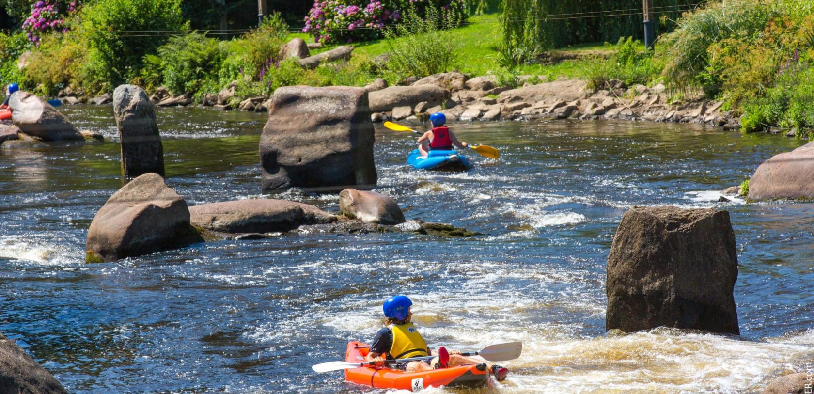 Kayak au Parc d'eaux vives à Inzinzac-Lochrist