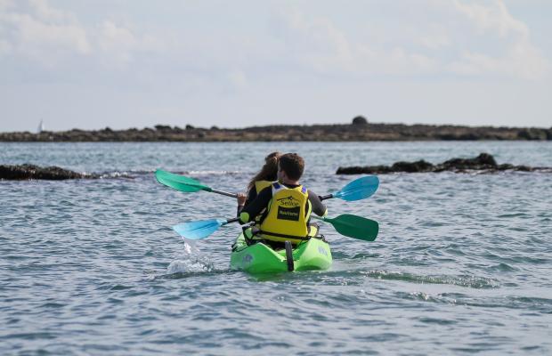 Balade en kayak à la plage de Kerguélen, à Larmor-Plage
