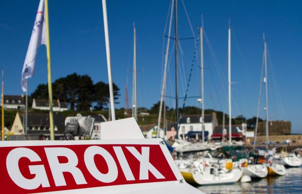 Gros plan sur le bateau de la compagnie Escal'Ouest à Port-Tudy, Groix.