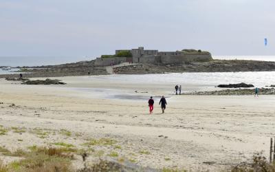 Ploemeur, balade à marée basse au Fort-Bloqué