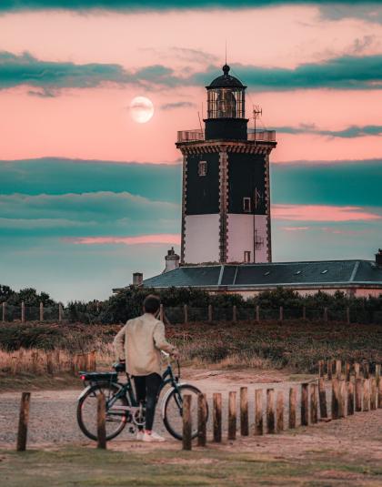 © LEZBROZ - ile de Groix - phare de Pen Men - DSC_8968