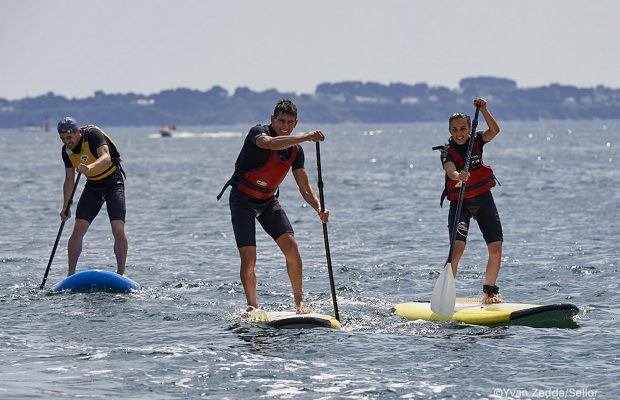 Stand Up Paddle au Centre Nautique de Kerguelen.