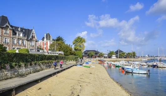 Les 3 villas vue de la plage , Larmor Plage