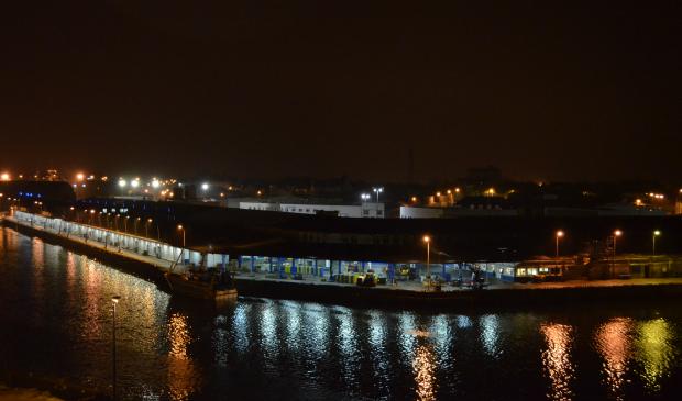 Lorient port de pêche de nuit.