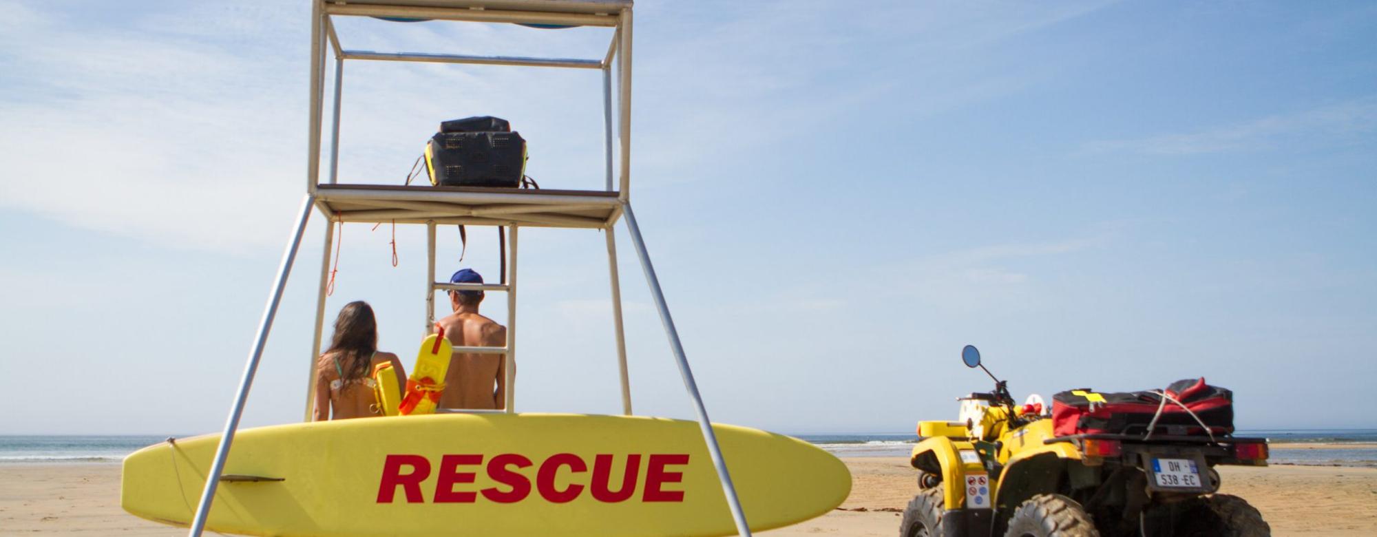 Tour de surveillance sur la plage, Guidel