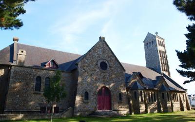 Lorient, église de Sainte-Thérèse dans le quartier de Keryado.