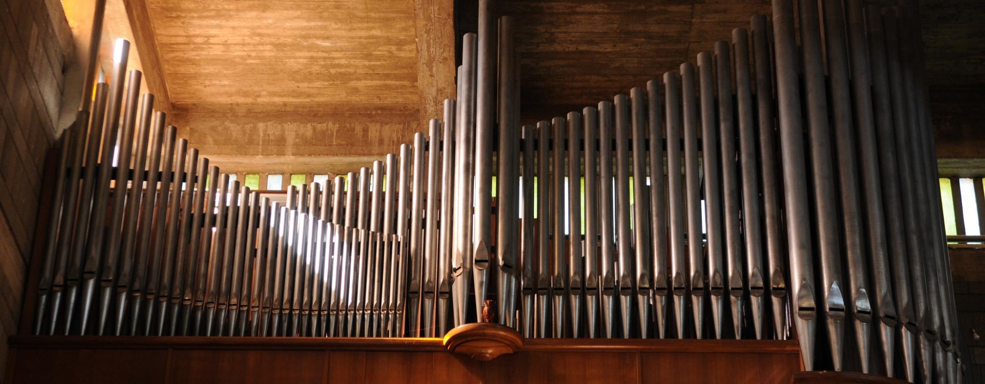 Lorient, l'orgue de l'église Saint-Louis.