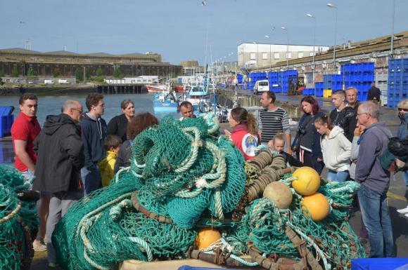 Lorient, visite du port de pêche