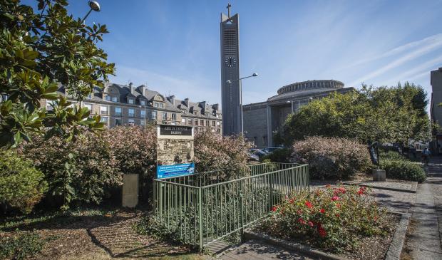 Lorient, l'église-Saint-louis