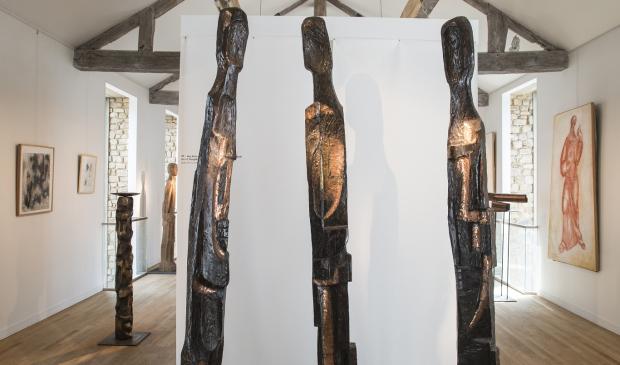 exposition des sculptures en bois de Pierre De Grauw à Pont-Scorff